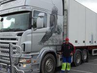 Per-Gunnar-ved-lastebilen